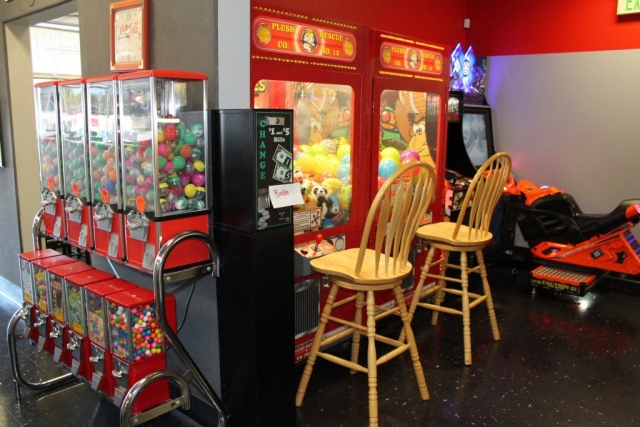Pizza Plus in Escalon has arcade games